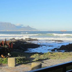 table mountain sea view
